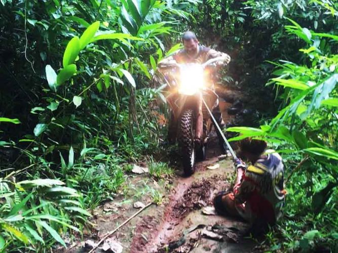 enduro-tours-cambodia-slipperry