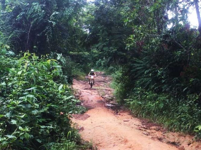 off-road-tours-cambodia-dangrek