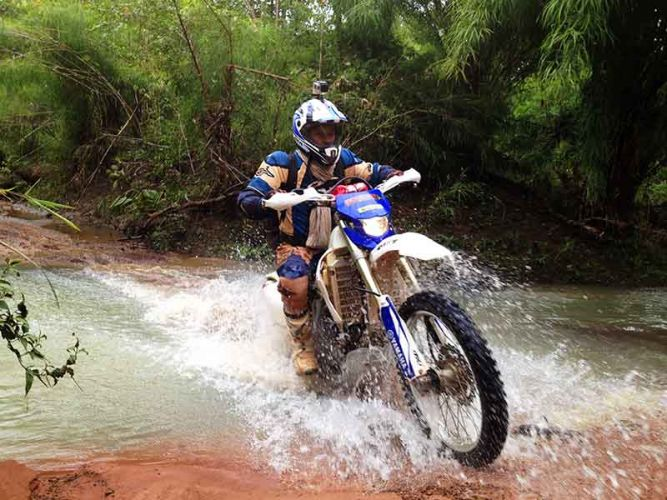 off-road-tours-cambodia-stylin-dat-river