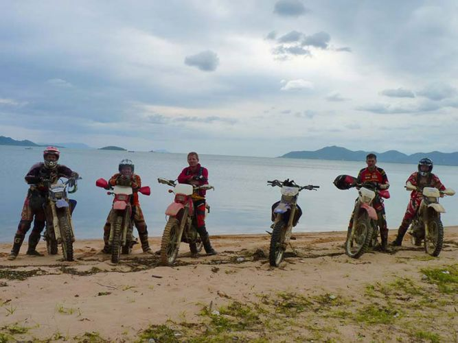 dirt-bike-tours-cambodia-kep-beach