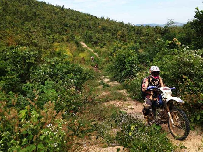 dirt-bike-tours-cambodia-steeper-than-it-looks