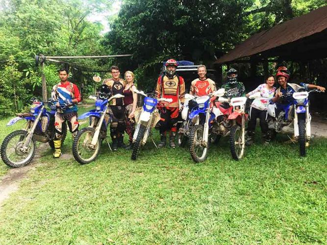 dirt-bike-tours-cambodia-stefan-familly-2