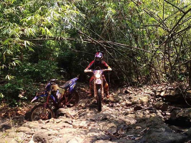 off-road tours cambodia chipat riverbed
