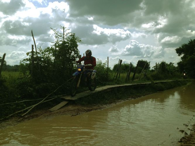 off-road-tours-cambodia-planks