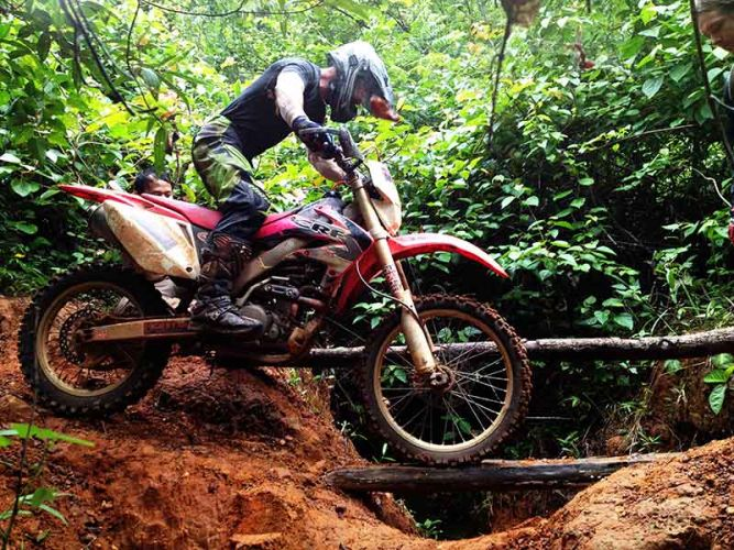 dirt-bike-tours-cambodia-logbridgecrf