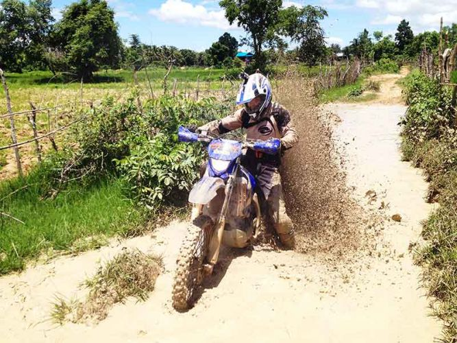 off-road-tours-cambodia-mudiness