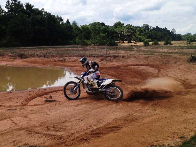 off-road-tours-cambodia-hoon
