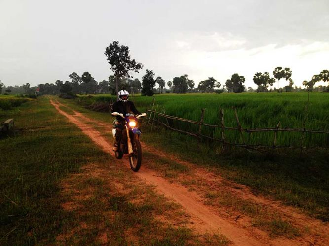 dirt-bike-tours-cambodia-dual-track