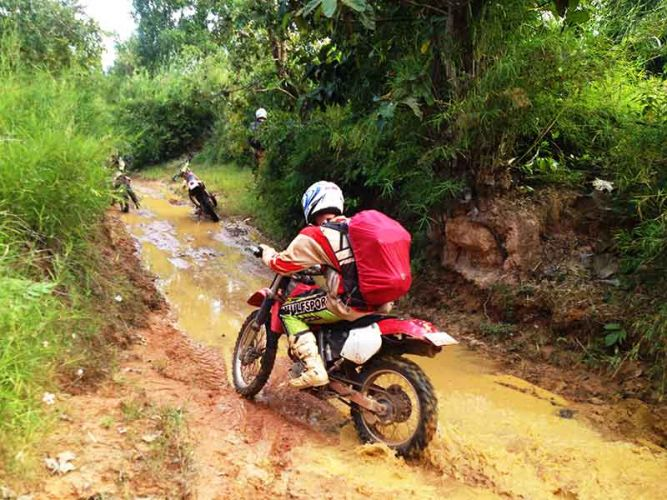 dirt-bike-tours-cambodia-waterway