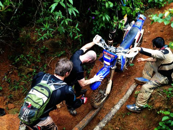 dirt-bike-tours-cambodia-isthatabridge
