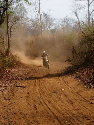 dirt-bike-tours-cambodia-open-wide