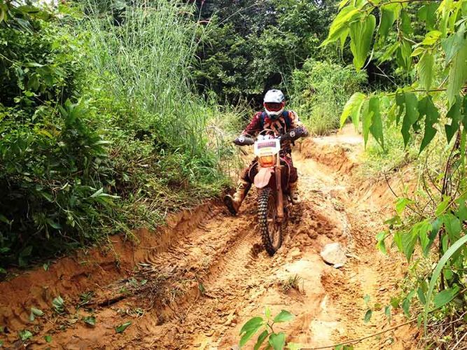off-road-tours-cambodia-gnarly-section
