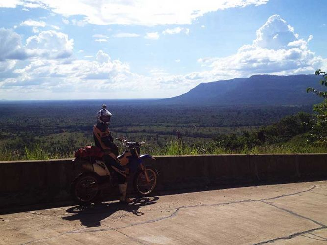 off-road-tours-cambodia-mountain-view