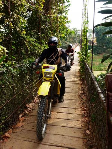 off-road-tours-cambodia-bridge-battambang