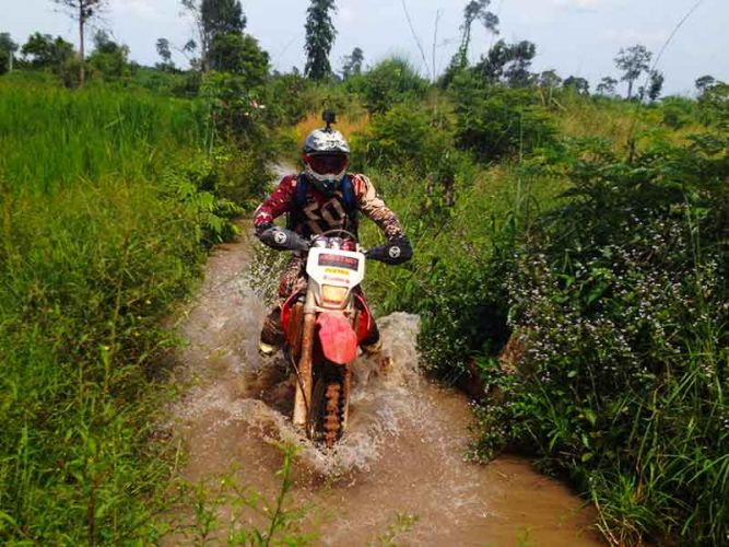 off-road-tours-cambodia-waterlogged-joe