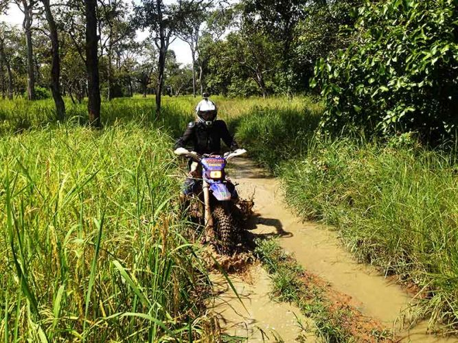 off-road-tours-cambodia-water-rut