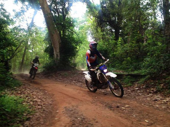 off-road-tours-cambodia-trailz