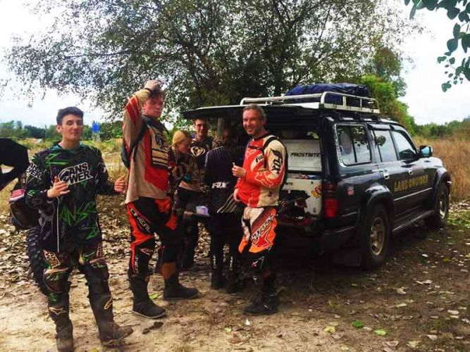 off-road-tours-cambodia-esky-stop