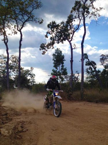 off-road-tours-cambodia-sand-oagok