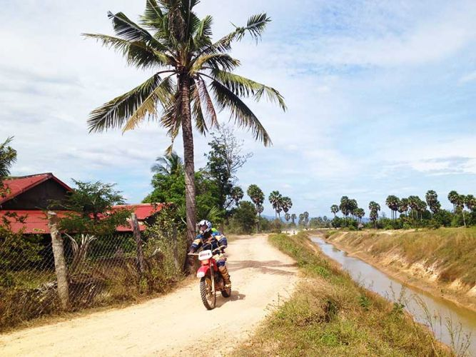 dirt-bike-tours-cambodia-canal