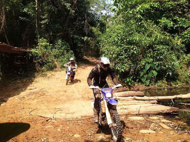 off-road tours cambodia kamlot bridge