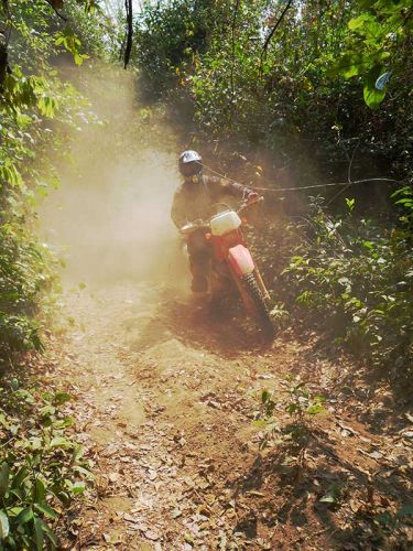 dirt-bike-tours-cambodia-dust