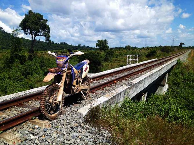dirt-bike-tours-cambodia-train