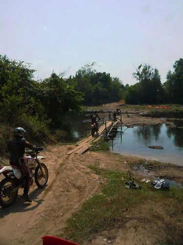 dirt-bike-tours-cambodia-bridge