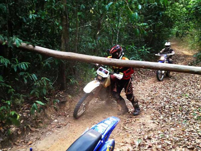 off-road tours cambodia obstacle