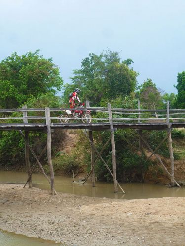 dirt-bike-tours-cambodia-bridge-crossing