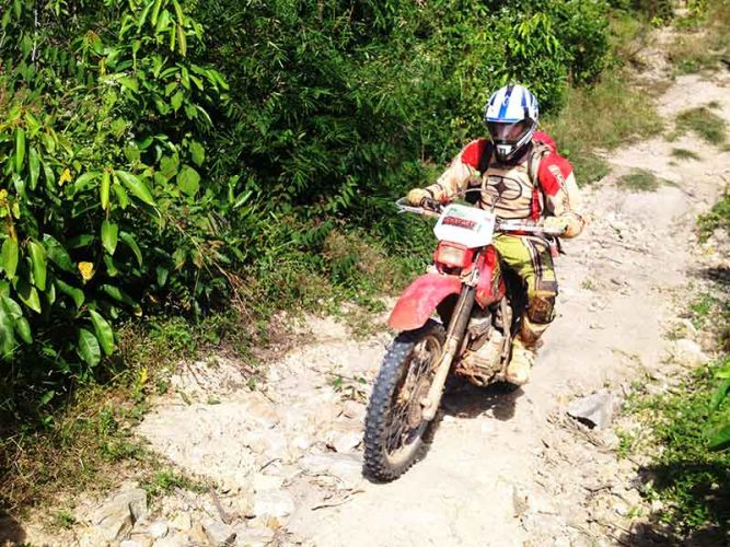 dirt-bike-tours-cambodia-lone-ranger