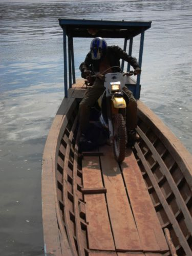 dirt-bike-tours-cambodia-disembarkment
