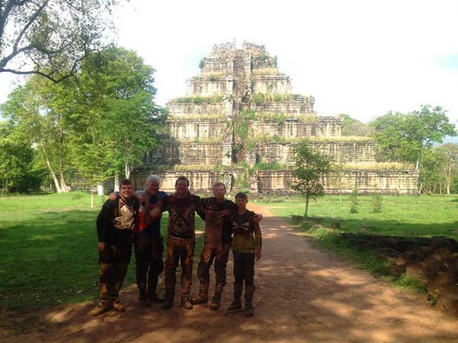 off-road-tours-cambodia-koh-ker-pyramid