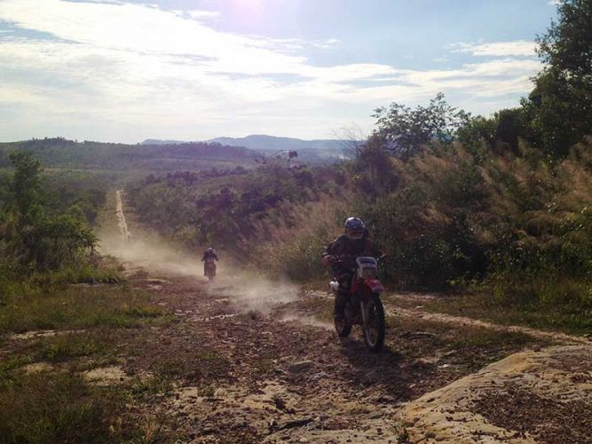 dirt-bike-tours-cambodia-end-day